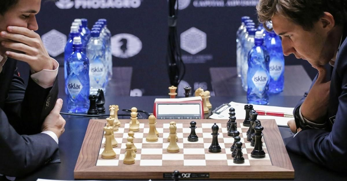 "Jetzt lesen:  Schach-WM im News-Ticker  - ""Hinterhof-System""! Ex-Weltmeister Karpow kritisiert Tiebreak-Regel - http://ift.tt/2gKbpRb #nachrichten"