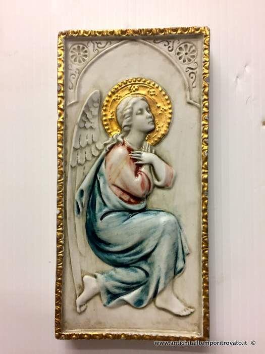 Oggettistica d`epoca - Arte sacra Antico angelo in biscuit - Antica placca da appendere con angelo Immagine n°1