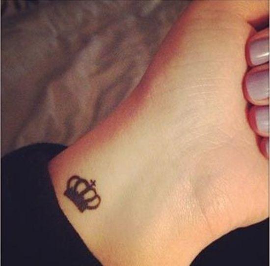 30 Beautiful Crown Tattoo Designs Small Crown Tattoo Tattoos Crown Tattoo