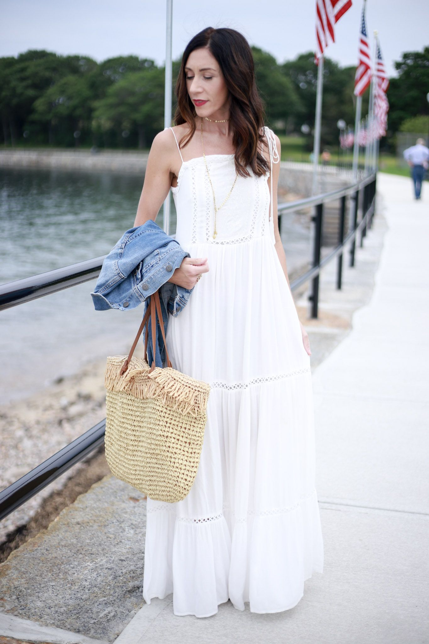 Pin By Pam Howe On Maxi Dresses 4th Of July Outfits White Maxi Dress Outfit Maxi Outfits [ 2048 x 1365 Pixel ]