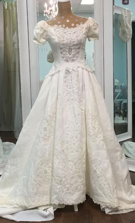 Priscilla Of Boston Irish Linen With Battenberg Lace Wedding Dress