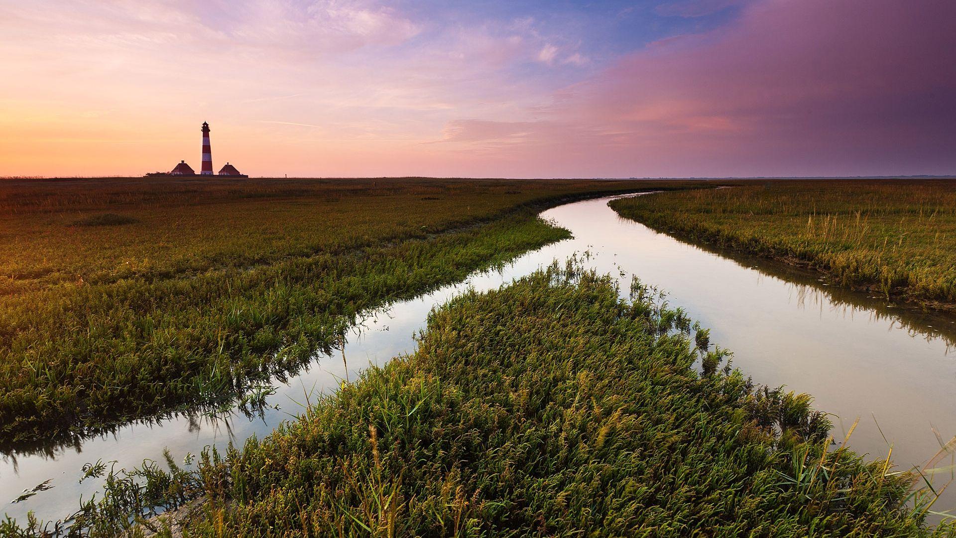 field, channel, water - http://www.wallpapers4u.org/field-channel-water/