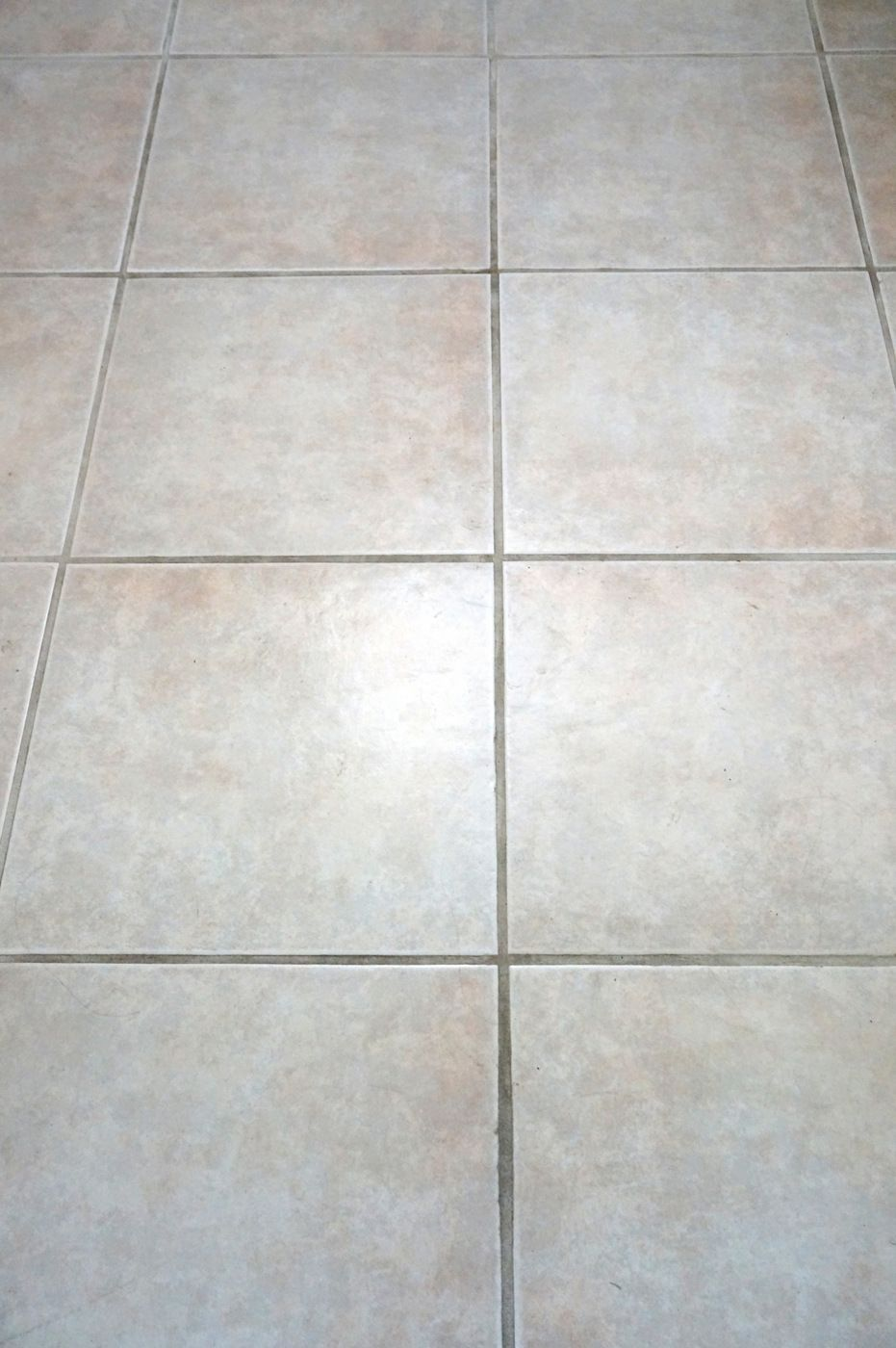 Does Cleaning Grout With Baking Soda And Vinegar Really Work
