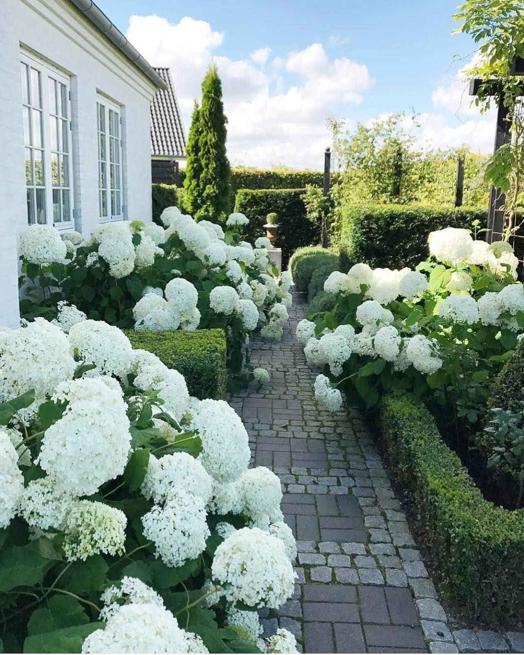 Garten gartenplanung ideen den garten bzw die garten for Gartenbeet ideen
