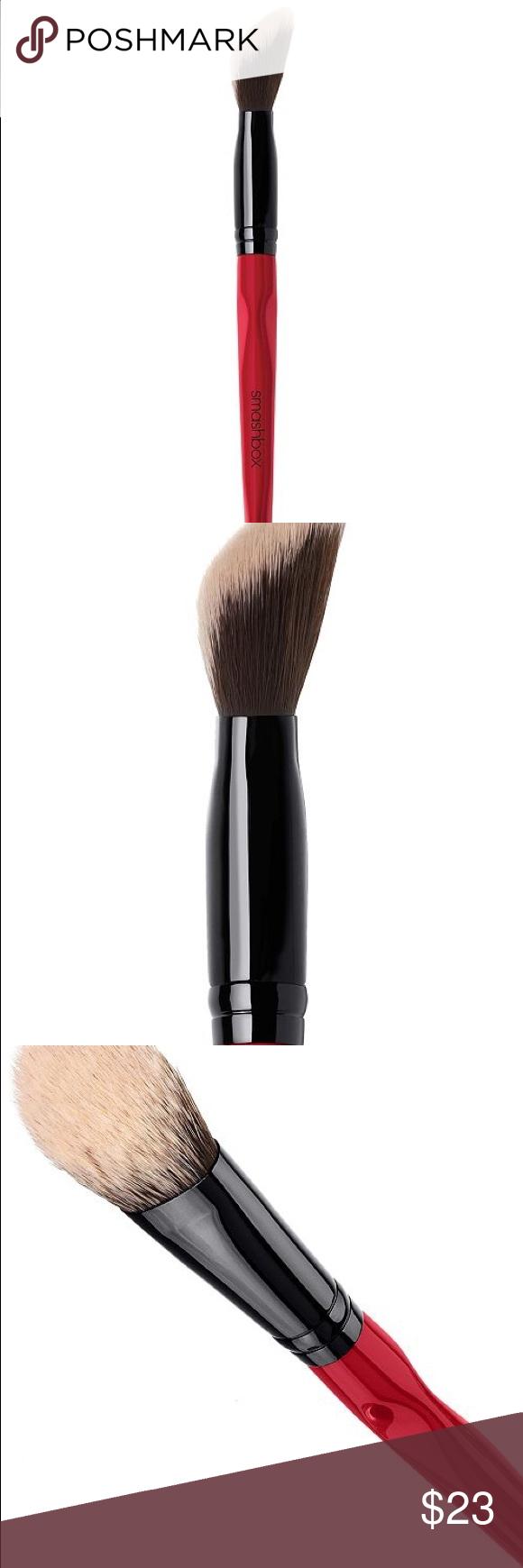 NEW Smashbox Angled Powder/Contour Brush Look more
