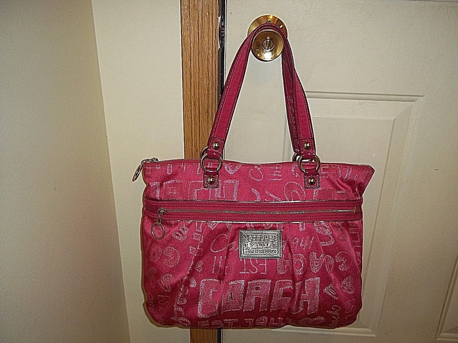 Authentic Coach Poppy Pink Metallic Storypatch Glam Tote 15301  https://t.co/8f9EMtoiCt https://t.co/4DamvleMbg