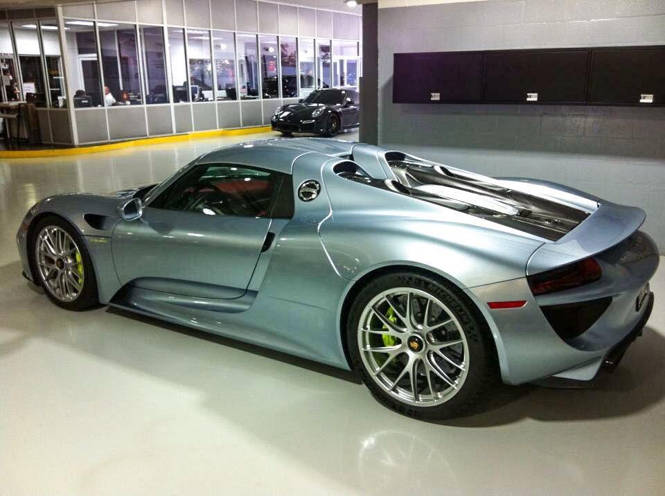 30) Facebook - Porsche 918 Spyder Liquid Metal Chrome   car ... on porsche 918 spyder liquid chrome, porsche 918 spyder in white, porsche 918 spyder in gold, audi r8 spyder in chrome,