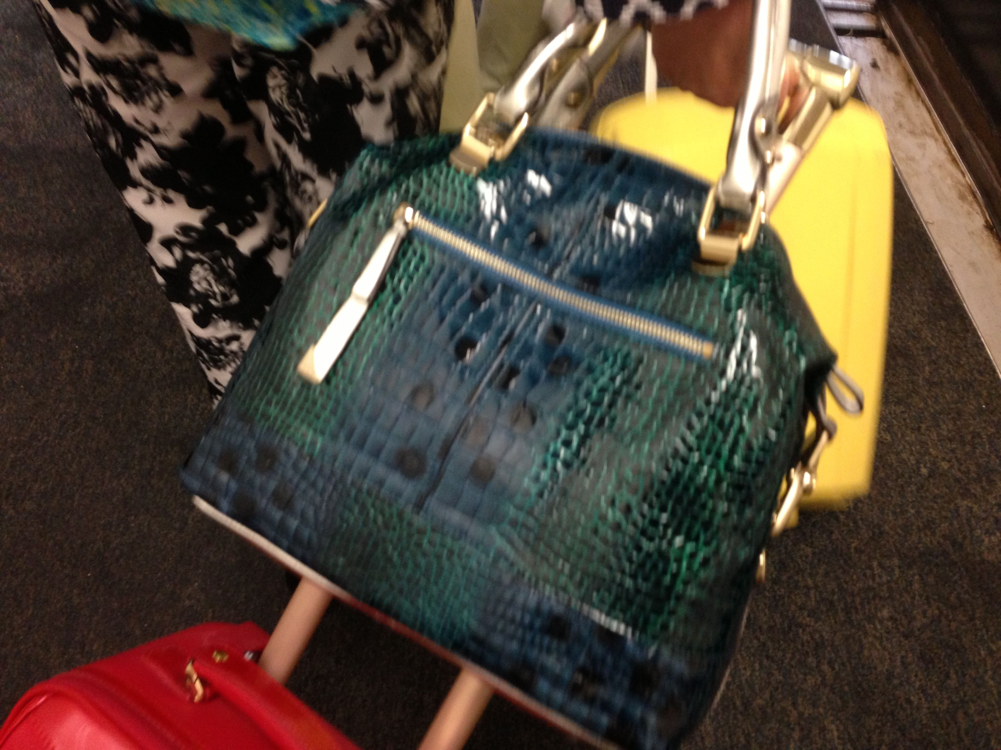 Does anybody know where I can find this handbag?