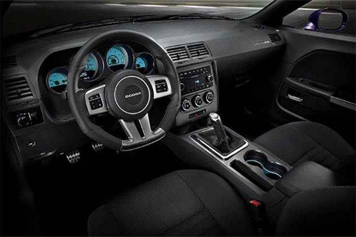 New 2018 Dodge Charger Interior Design