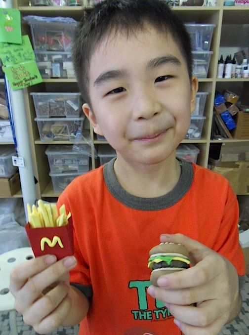 Isaac's Fast Clay Food For Delivery http://gariesim.blogspot.sg/2014/04/all-creative-learning-for-children.html
