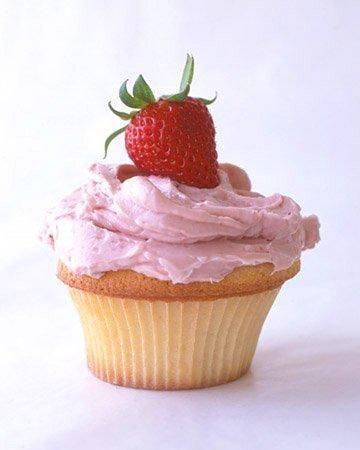 Favorite Cupcakes // Strawberry Cupcakes Recipe