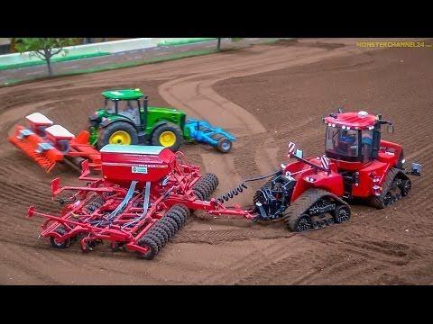 RC Tractors John Deere Case And Fendt At Work Siku Farmland In Neumunster Germany