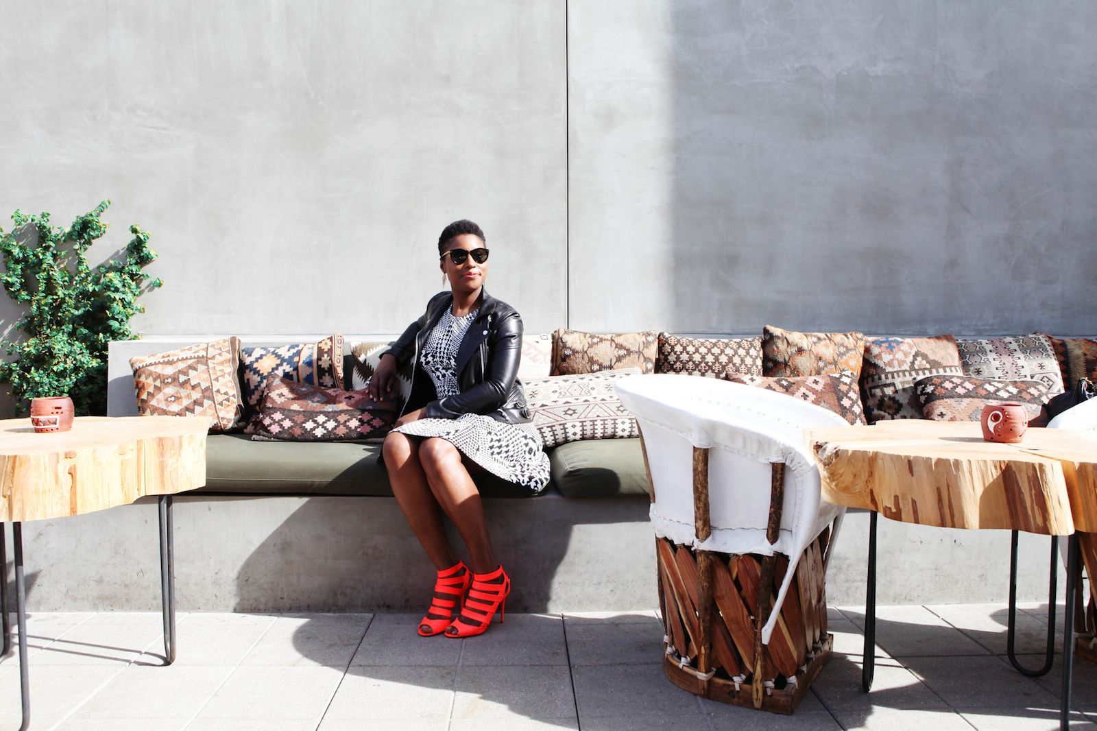 """On The Streets Of L.A. With Awkward Black Girl's Issa Rae #refinery29  http://www.refinery29.com/neiman-marcus-on-the-verge#slide1  You've been an Angeleno since you were six — what keeps you here? """"You can't beat L.A. weather! It really makes me happy to wake up in the morning and not have to think, 'Oh, my God, I need eight layers of clothing just to walk down the street.' I am not mad at L.A., not mad at all. Plus, I meet new people all the time that happen to be in the same line of work…"""