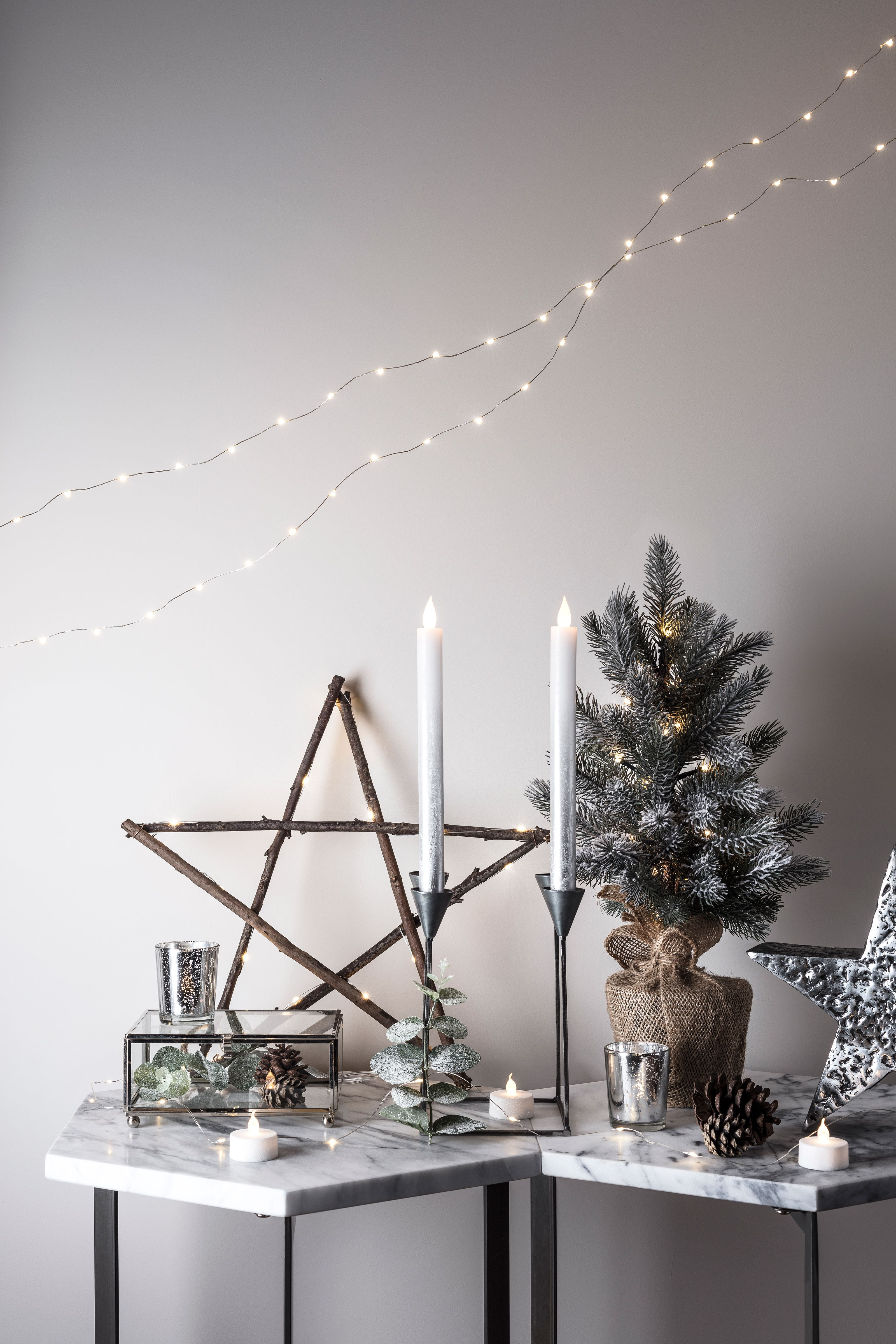 Give your home a festive forest feel with our wooden Calgary star