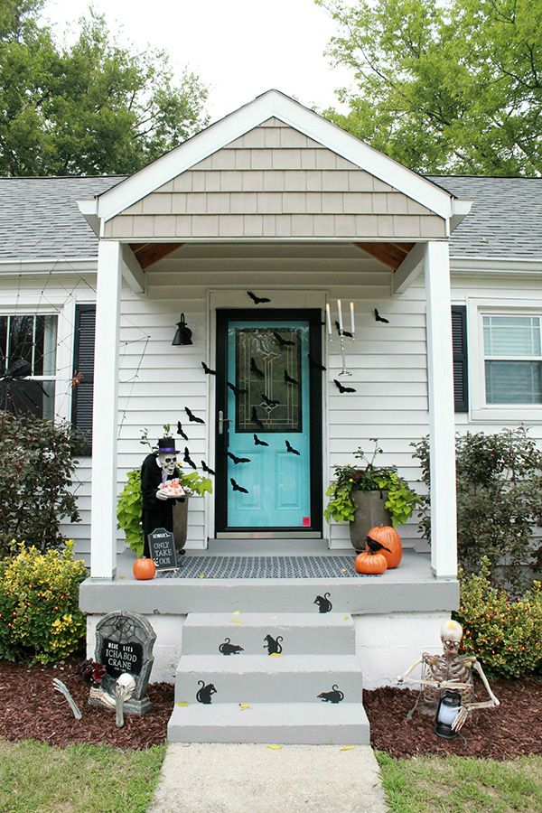 Kinda Spooky Halloween Front Porch Ideas Halloween Front Porch