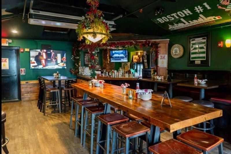 These Are The Best Irish Pubs In Boston In 2020 Irish Pub Decor Irish Pub Interior Irish Pub