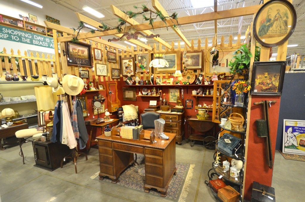 Looking For Antique Buyers In Scottsdale Antique Buyers Antiques Antique Dealer