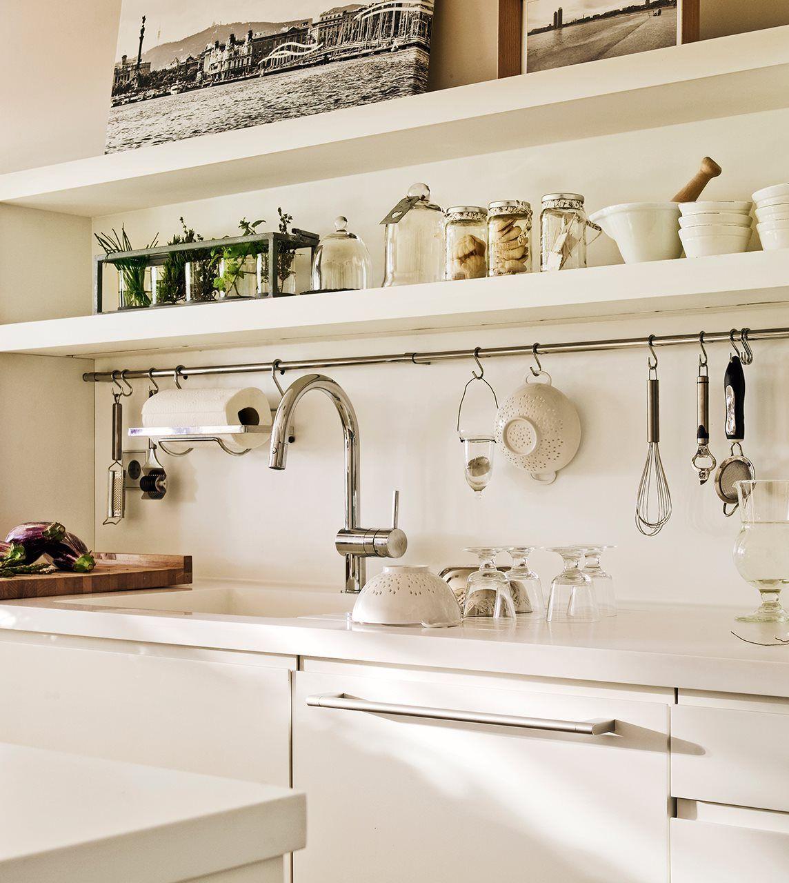 La cocina de los mil cajones cocinas y for Barra utensilios cocina