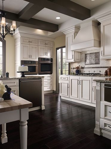 This #kitchen cabinetry was created with the Concord door ...