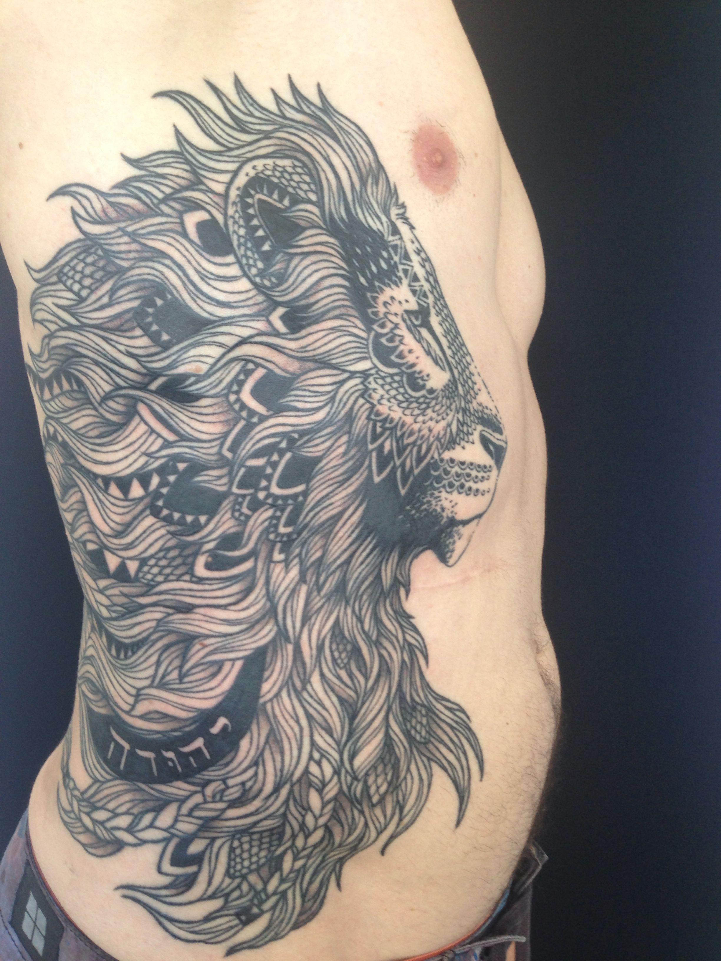 Pin By Jade Philippe On Tattoo Tattoos Lion Tattoo Side Tattoos
