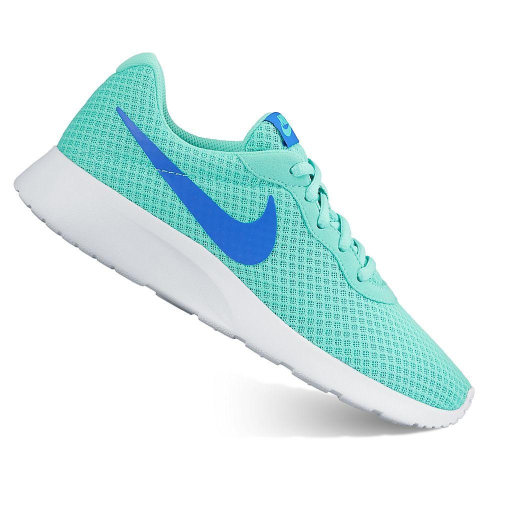 Nike, Nike tanjun, Womens athletic shoes