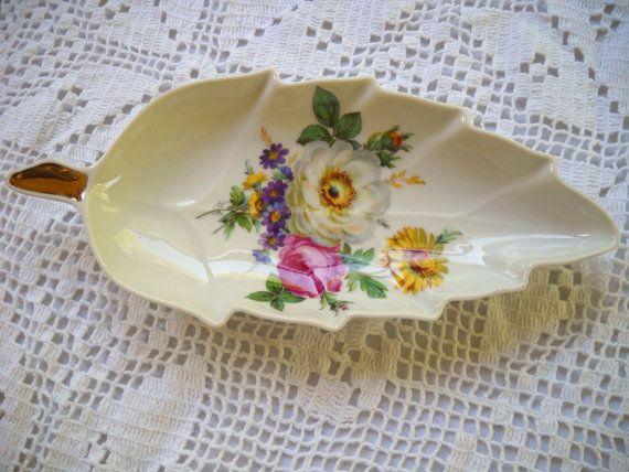 Vintage Mitterteich Bavaria Leaf Dish, Bouquet Pattern Candy Dish, Floral  Design Dish, Gold Trimmed Porcelain Nut Or Candy Dish