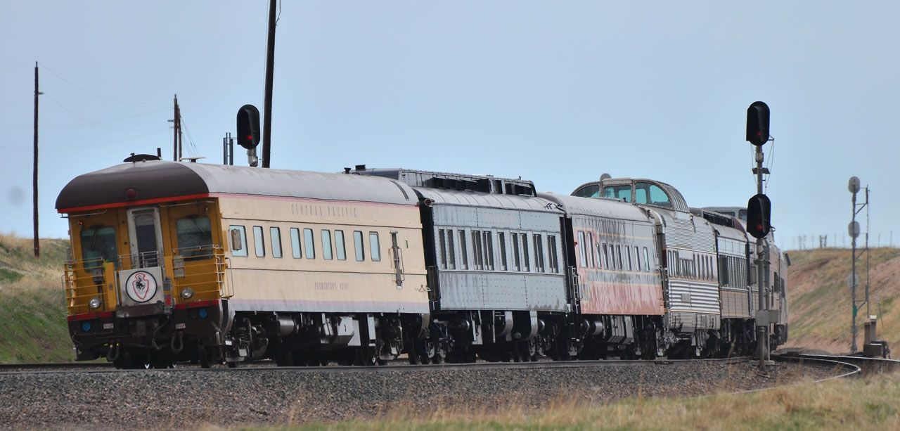 Private Railroad Passenger Cars for Charter / Luxurious Rail Travel