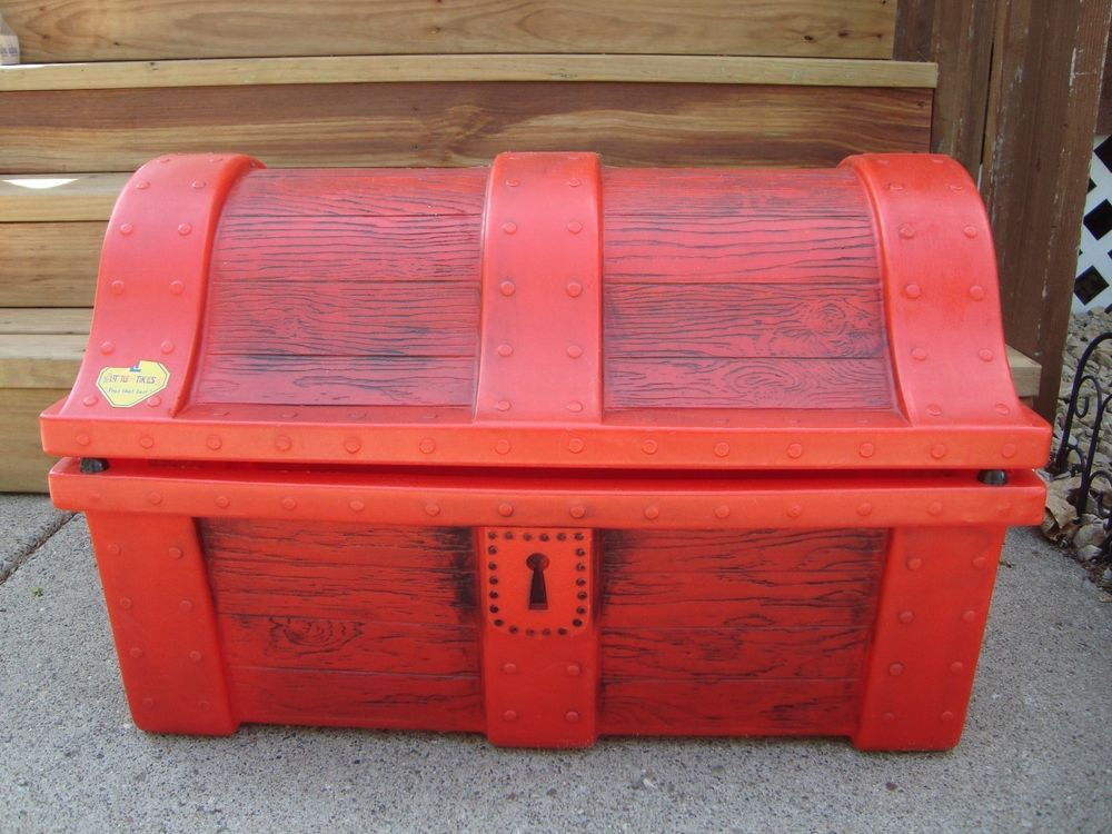 Rare Little Tikes Child Size Treasure Chest Storage Toybox Toy Box With Lid Littletikes Rarelittletikes Toybox Pirate Tre Toy Boxes Pirate Toys Tikes Toys