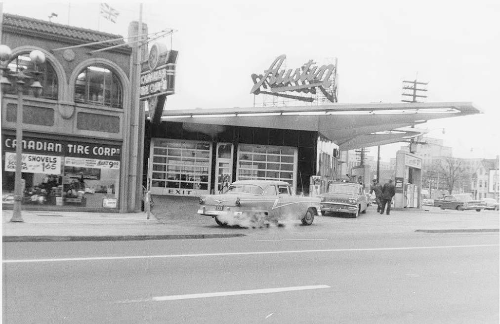 Photo Toronto Yonge Street At Church Canadian Tire Austin Cars Sign 1959 Toronto Photos Yonge Street Old Toronto
