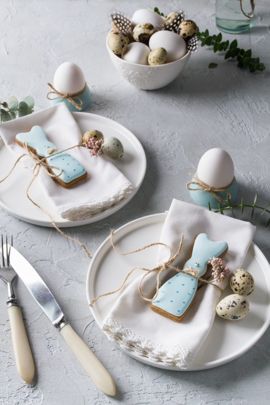 10 Easter Table Setting Ideas - Town & Country Living