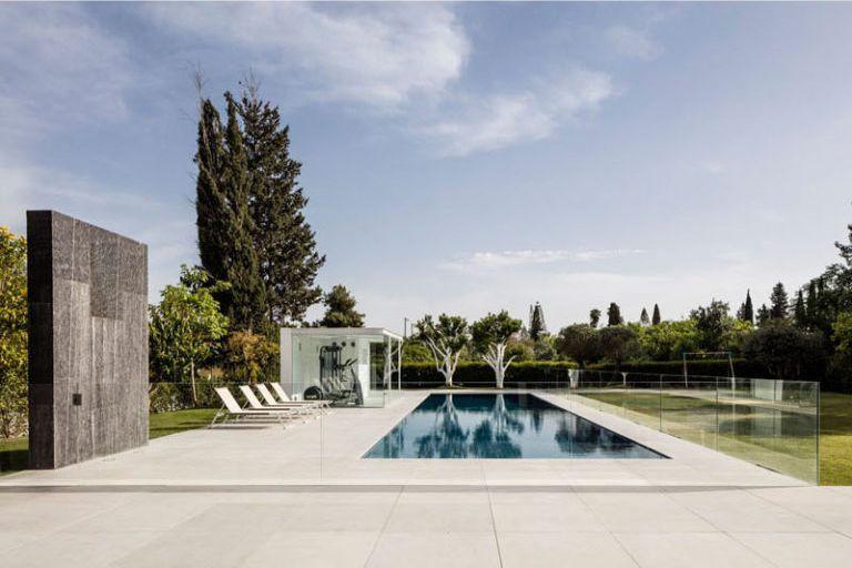 💙➞ https://goo.gl/k9Jnjg Casa minimalista #arquitectura #architecture #minimalism #HOUSES