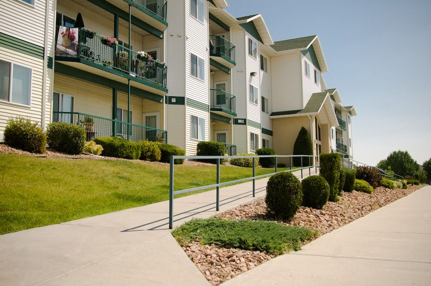 Apartments For Rent In North Dakota Nd The Legacy Apartments Grand Forks Grand Forks North Dakota House Styles