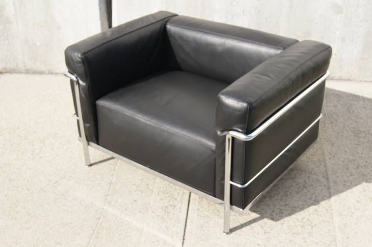 Lc3 Grand Confort Lounge Chair By Le Corbusier Chair Lounge Chair Modern Club Chair