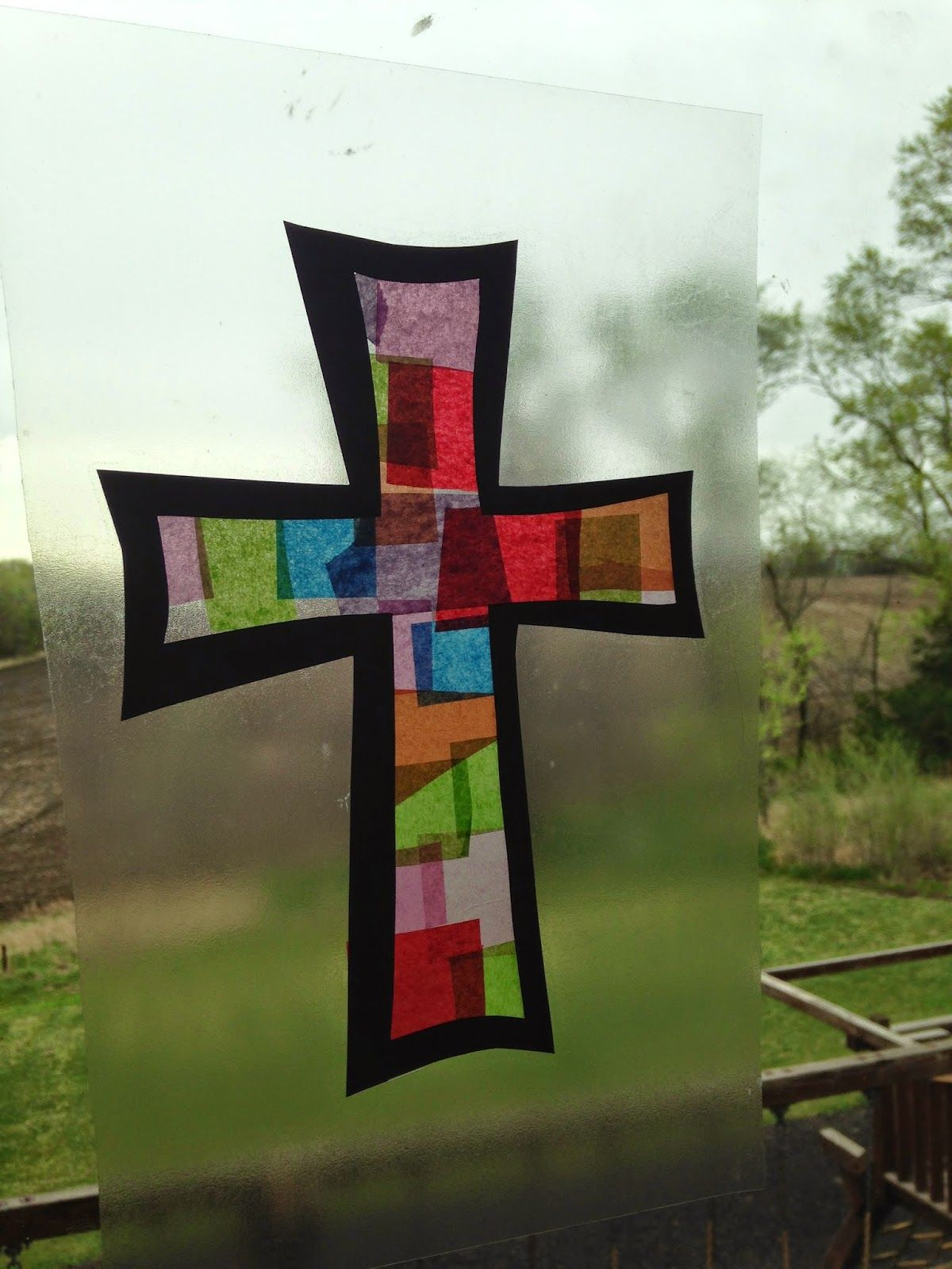 Easy cross craft for the last day of Sunday School  Requires