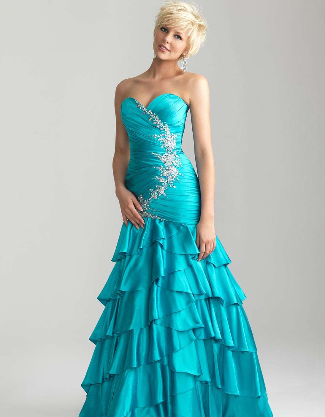 Unique Vintage | Vintage prom, Retro dress and Turquoise beads