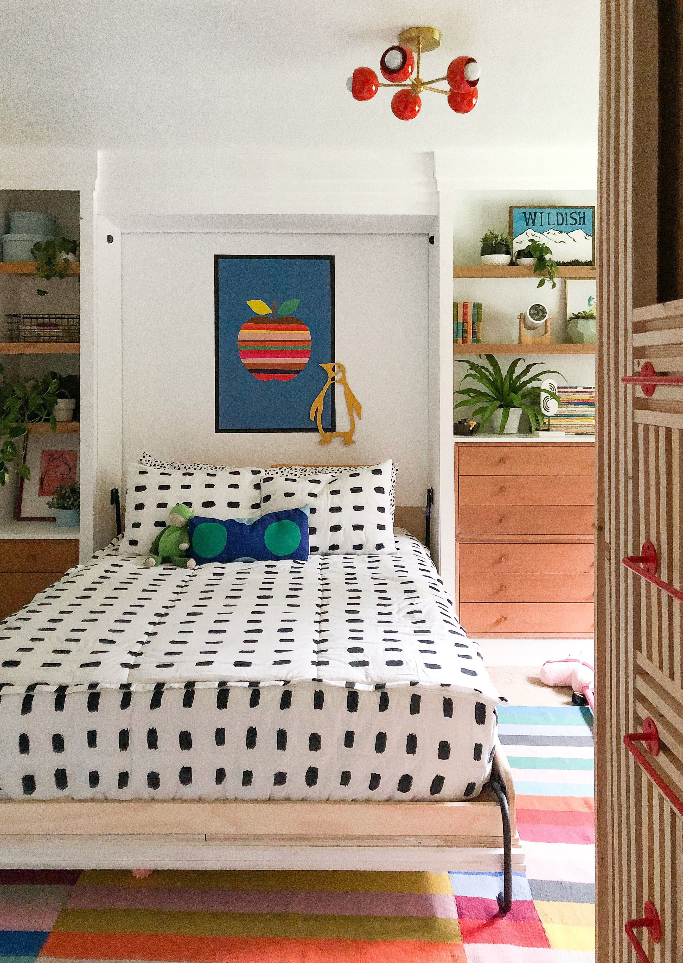Best Cute And Colorful Mid Century Modern Children S Bedroom 640 x 480