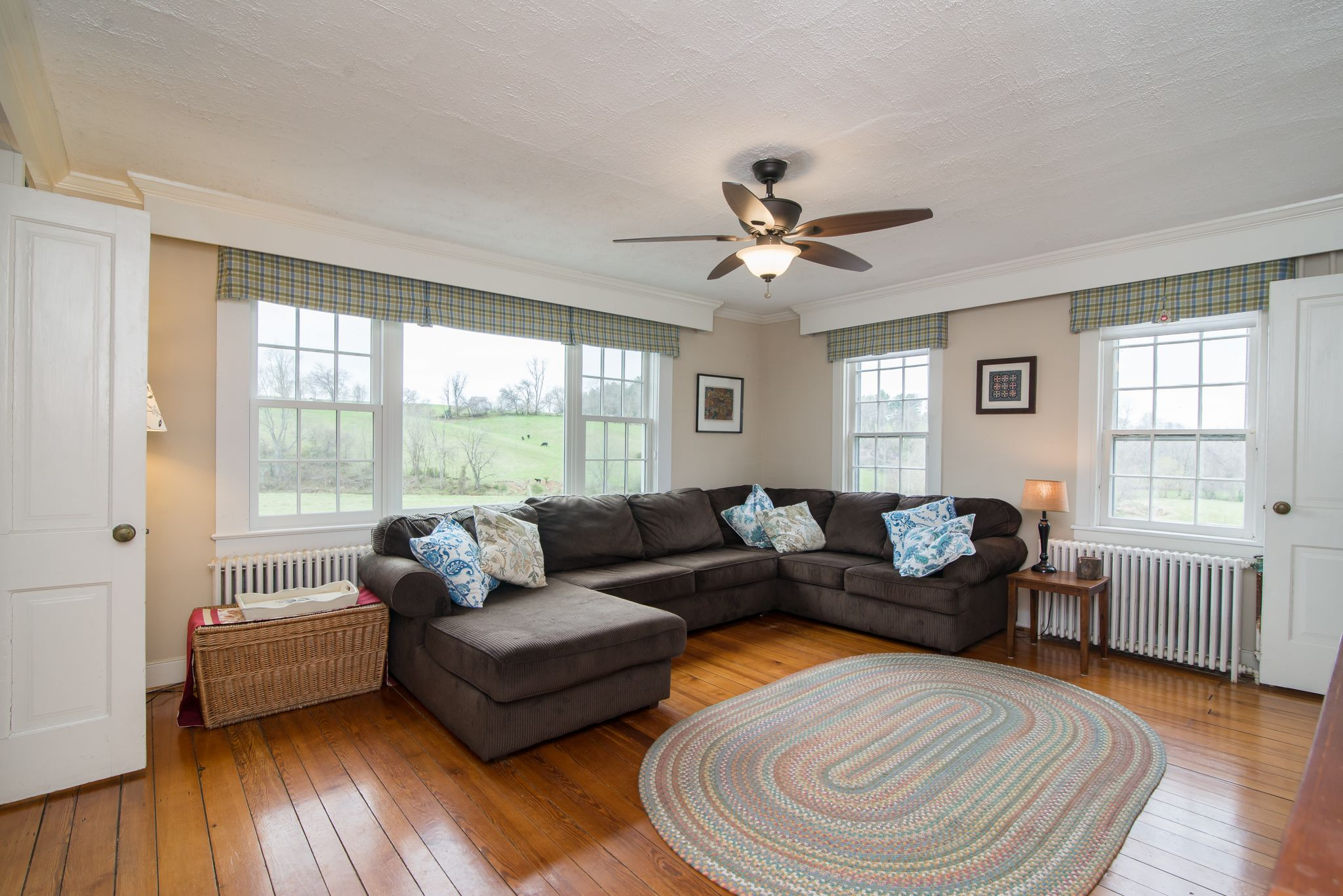 Antique Farmhouse for Sale in Waterford, VA. Home decor