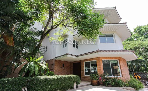 House For Rent In Rama 9 Area 4 Bedroom Homeconnect Thailand Renting A House House Condos For Rent