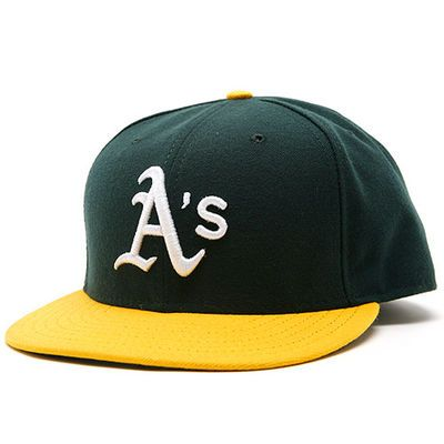 reputable site 8f786 167eb Men s New Era Green Oakland Athletics AC On-Field 59FIFTY Home Performance Fitted  Hat