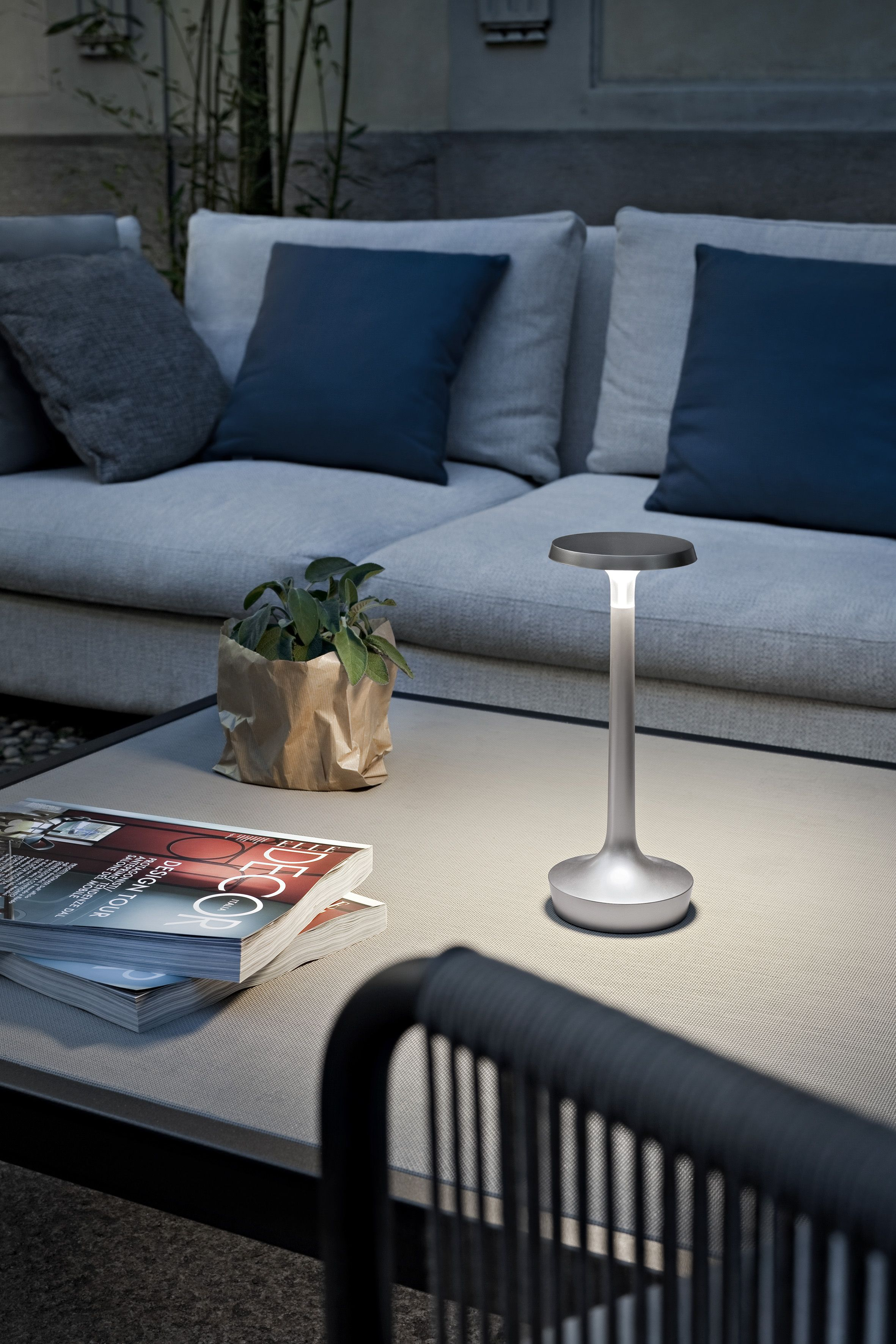 Bon Jour Unplugged Lamp Table Flos Cordless Table Lamps Flos Outdoor Sectional Sofa #wireless #living #room #lights