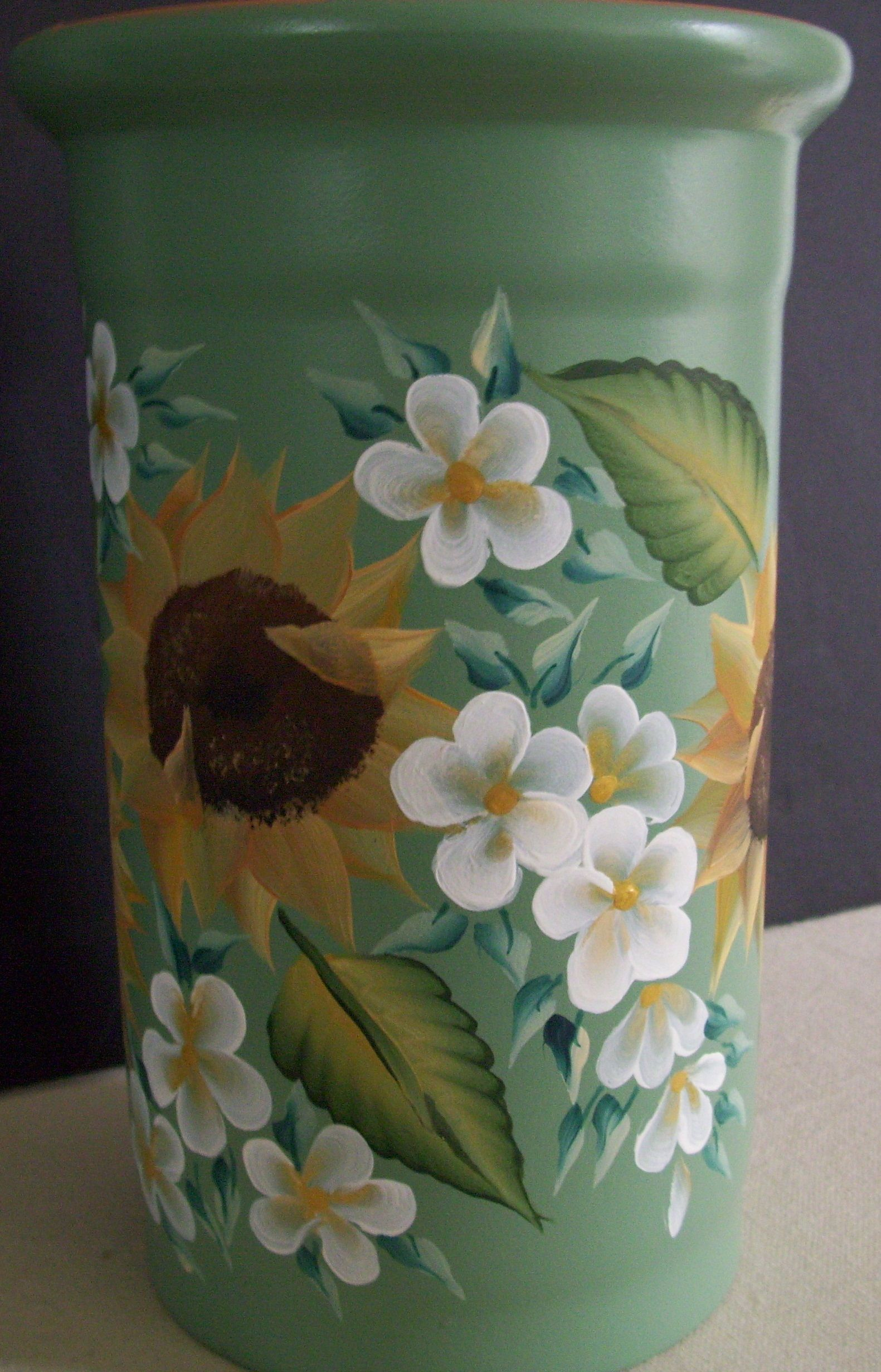 Clay Vase Painted Using The One Stroke Painting Method
