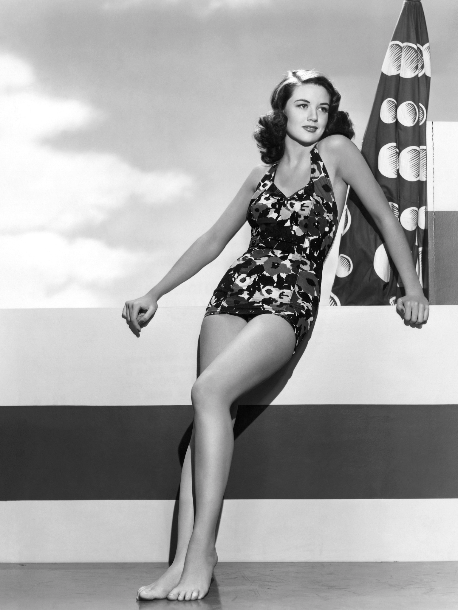 Discussion on this topic: Emily Tennant, dorothy-malone/