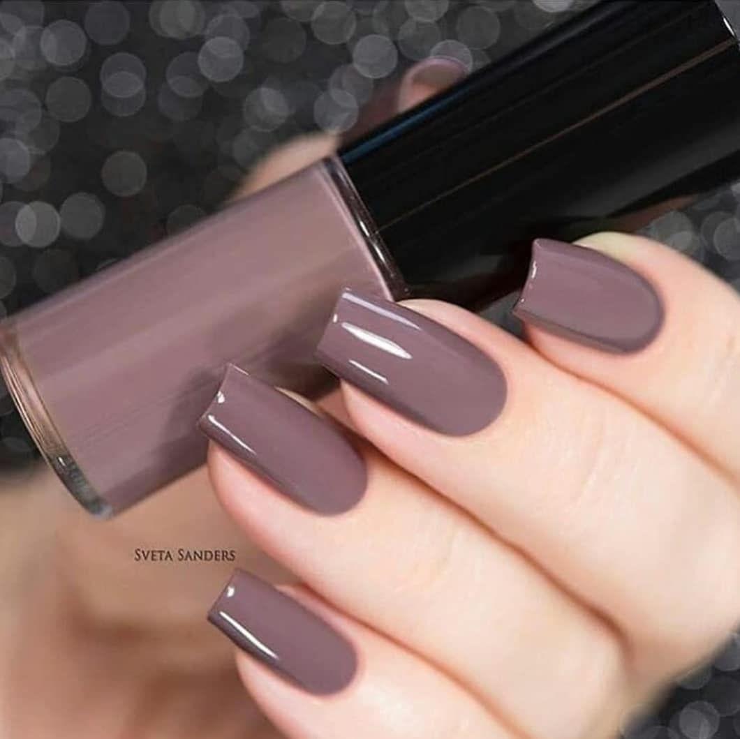 Beautiful autumn nail art design to try this autumn - light brown nude long coffin nails , autumn nails ,teal nail colors, fall nails , nail polis,acrylic nail art