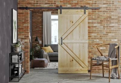 Sliding doors made of solid BARN
