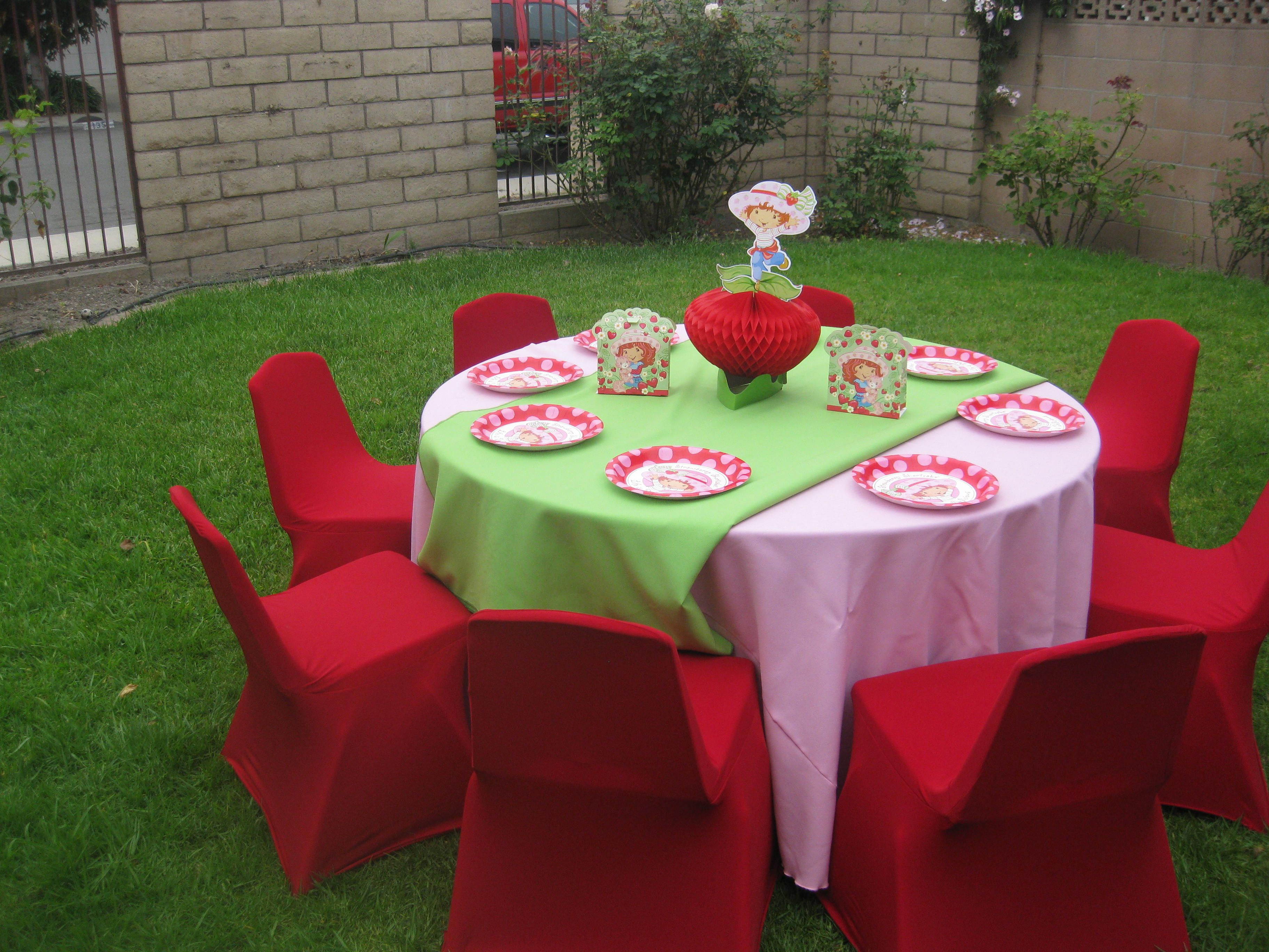Strawberry Shortcake Birthday Party Ideas Centerpieces And