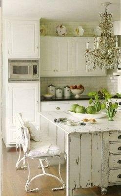 antique kitchen island, gorgeous light