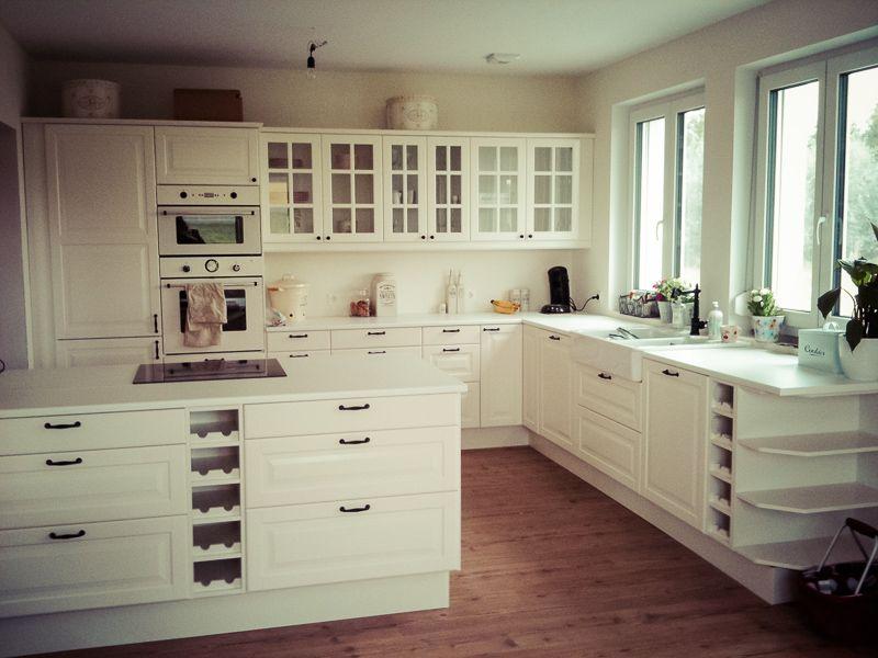Ikea Unsere Küche mit Kochinsel   Ikea küche landhaus, Ikea bodbyn, Haus küchen