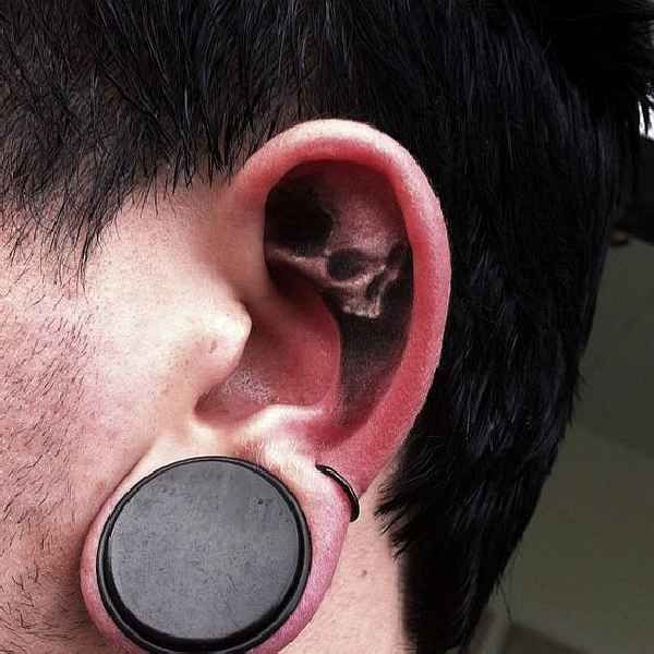 Funny-Ear-Tattoo-011
