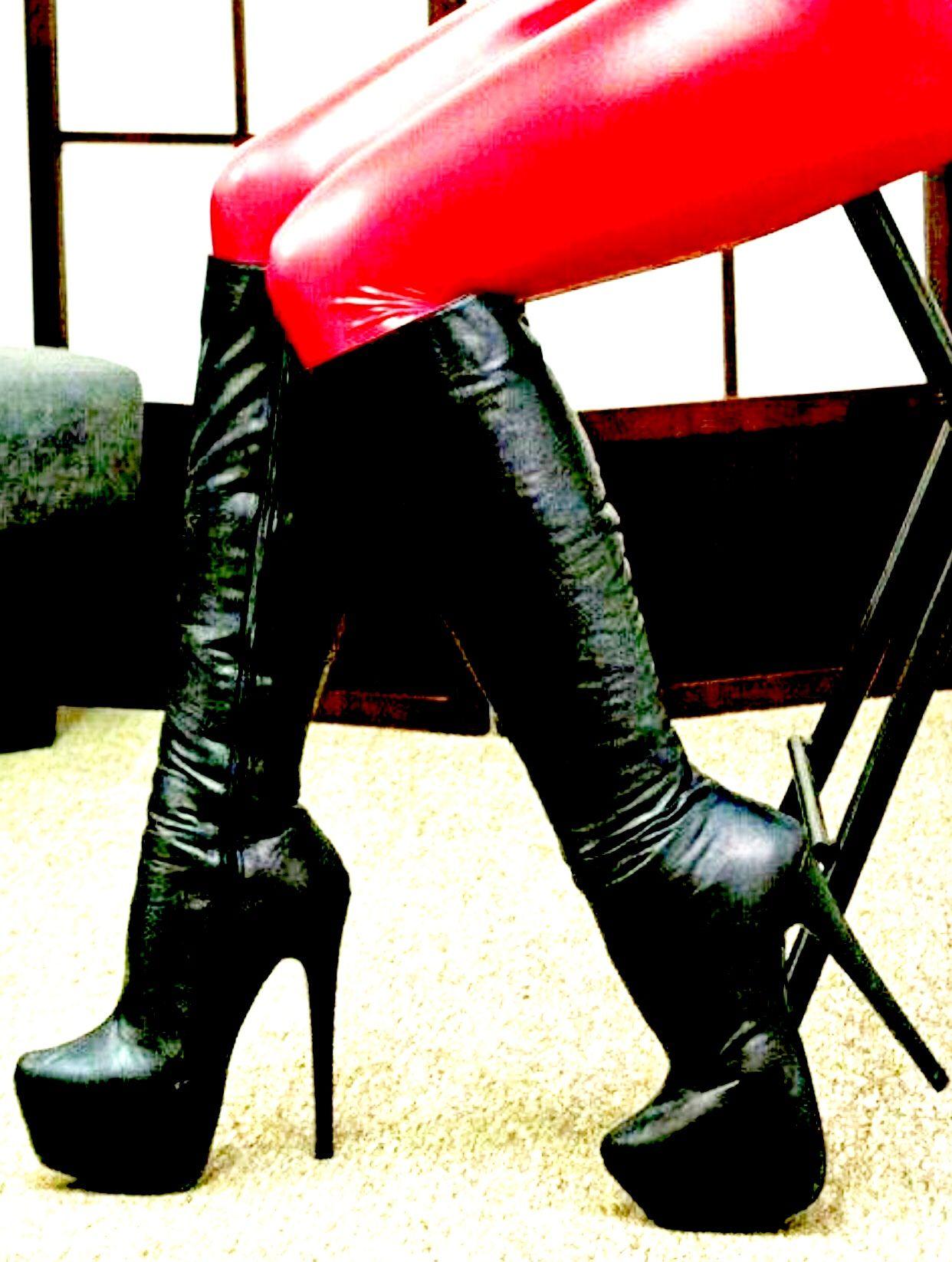 Oberschenkel hohe Stiefel Interracial