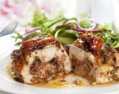 Filet de dinde au chèvre et à la moutarde : http://www.cuisineaz.com/recettes/filet-de-dinde-au-chevre-et-a-la-moutarde-17894.aspx